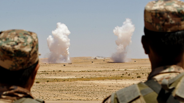 source: http://english.alarabiya.net/en/News/middle-east/2014/06/14/Jordan-says-destroys-four-vehicles-on-Syria-border.html